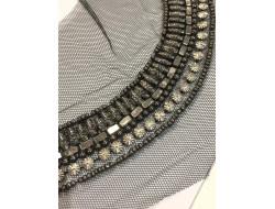 Collier en strass et perles - A coudre
