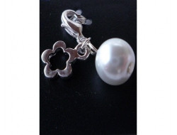 Pendentif fleur argent avec perle naturel