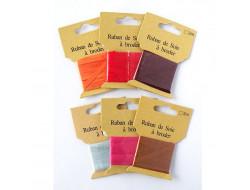 Ruban pure soie à broder - 4 mm