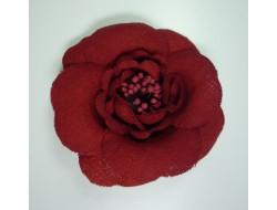 Fleur en tissus rouge