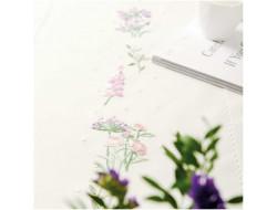 Kit de broderie - Chemin de table Couronne de fleurs