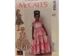 Patron  robes, traîne et noeud pour enfant McCall's M7858