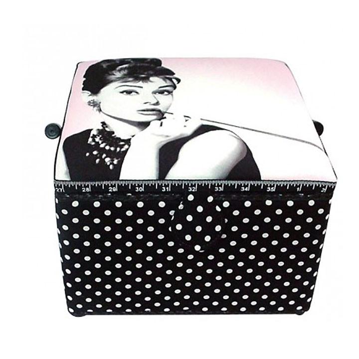 Grande boite à couture - Audrey Hepburn