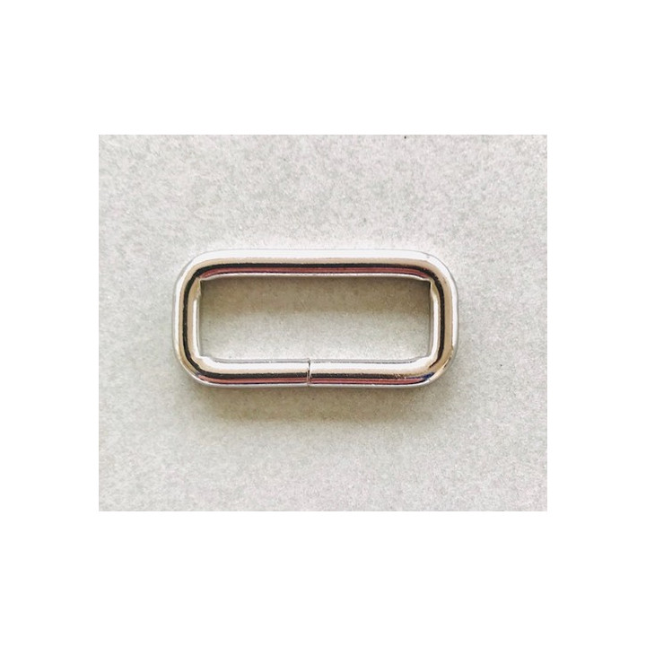 Anneau rectangle en métal 30 mm