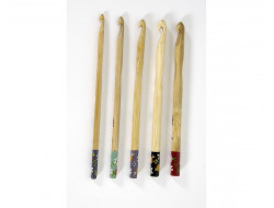 Crochet du 6 au 10 mm bambou DMC
