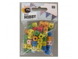Perles en bois cubes, alphabet, multicouleurs