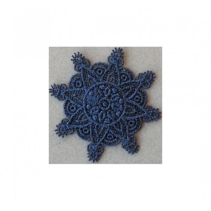 Ecusson thermocollant fleur en dentelle bleu marine