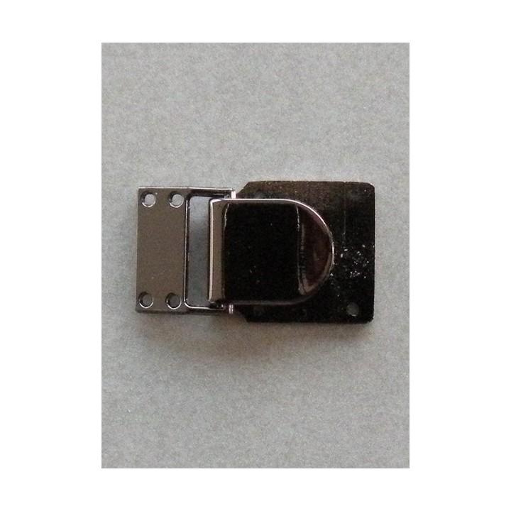 Attache métal carrée bord à bord