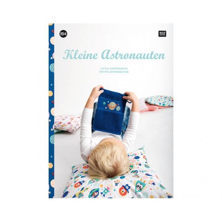 154 - Livre point de croix Petits Astronautes, RICO