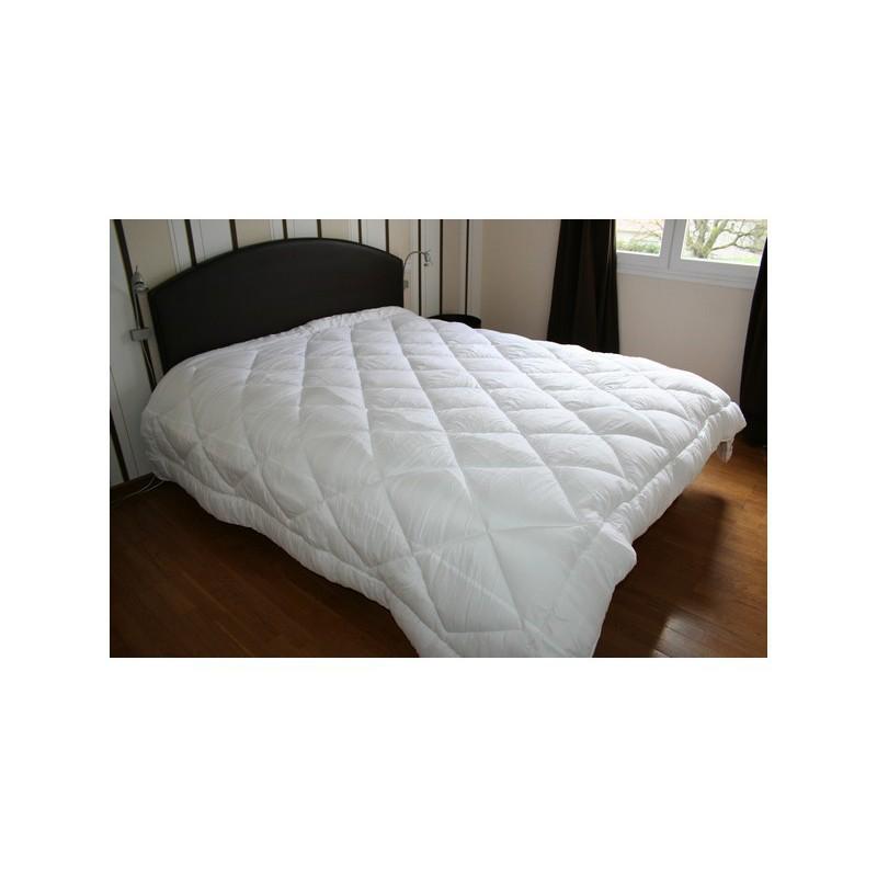couette 4 saisons collection fil blanc mercerie floriane. Black Bedroom Furniture Sets. Home Design Ideas