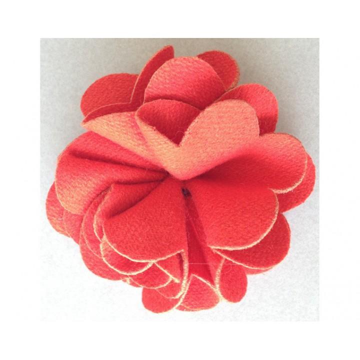 Broche fleur rouge Laine foulée