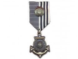 Broche médaille marine